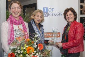 Helen-Gerrits-Monique-Klepke-en-Marjon-van-der-Looij-zijn-trots-op-deze-hoge-medewerkertevredenheid-300x200